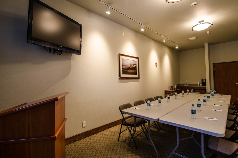Meeting Facility, Wood River Inn & Suites