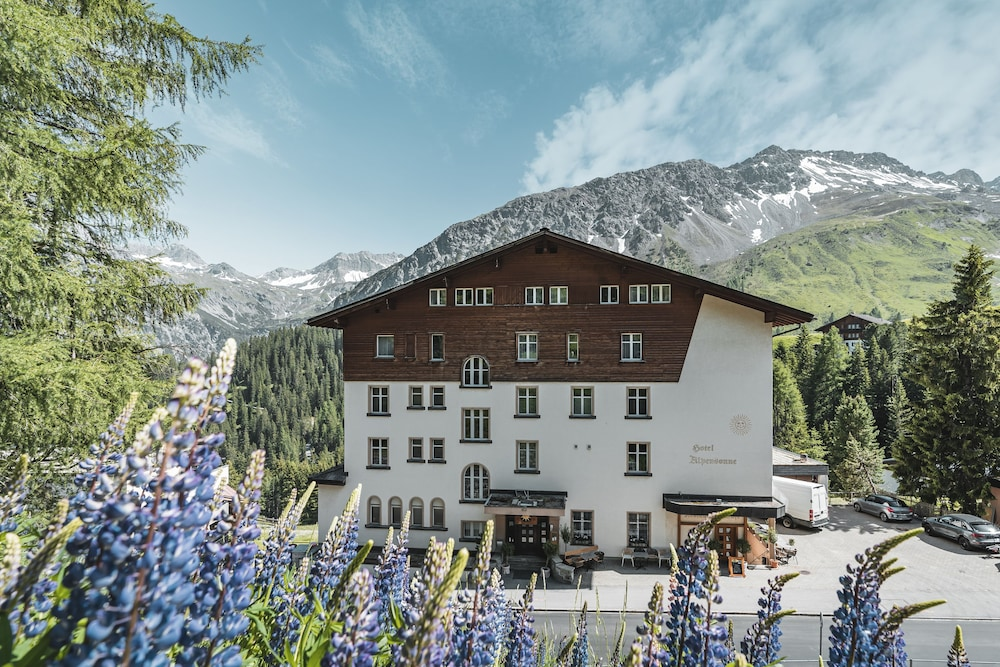 Featured Image, Hotel Alpensonne