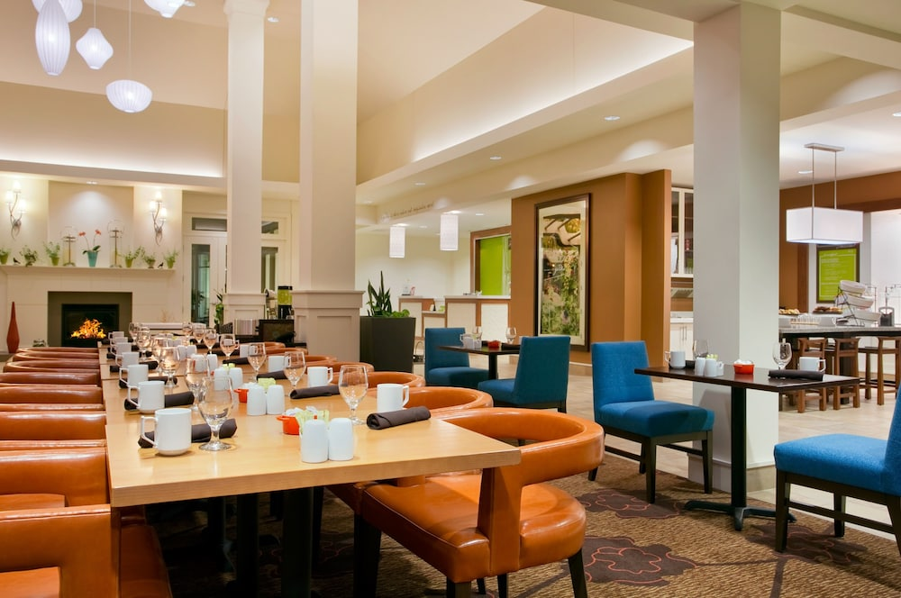 Breakfast Area, Hilton Garden Inn Auburn