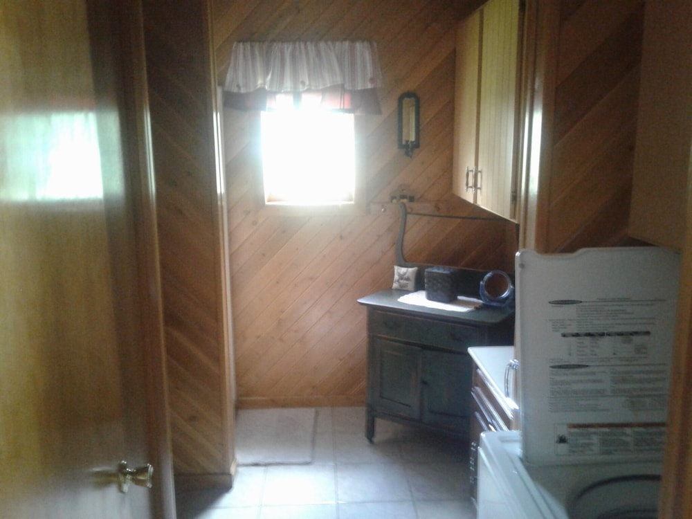 Bathroom, Lake Front Rental!!!