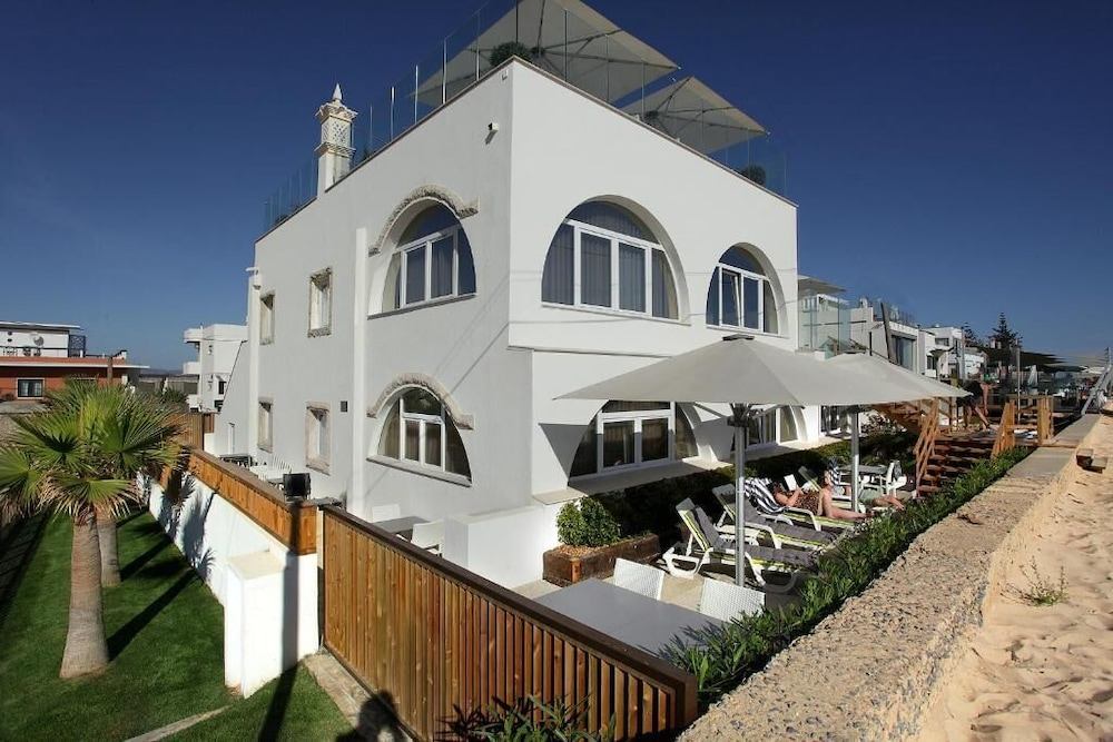 Featured Image, Golden Beach Guesthouse