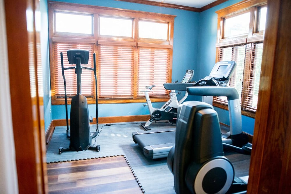 Fitness Facility, Come Relax With Us at The Rathbone