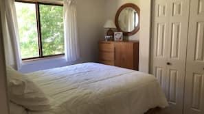 4 bedrooms, linens