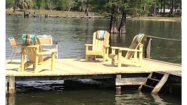 Relax at the Lakehouse With a Dock