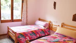 2 sovrum, strykjärn/strykbräda, internet och sängkläder