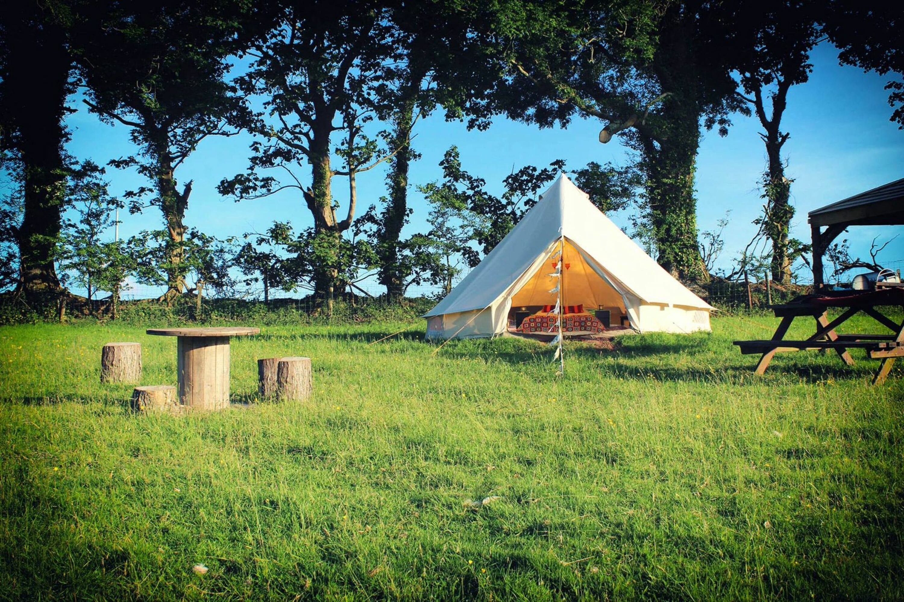 Hippie Hippie Shake Bell Tent Hang Out Zone Richmond 2021 Updated Prices Expedia Co Uk
