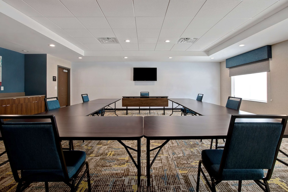 Meeting Facility, Hampton Inn & Suites Deptford, NJ