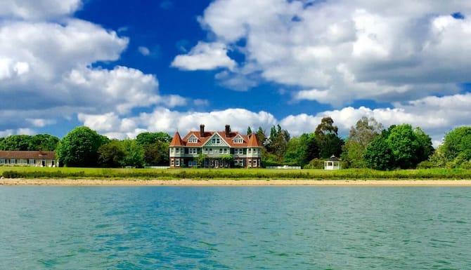 Manor Beach 1 4 Bed Home On Osea Island Essex 2021 Room Prices Deals Reviews Expedia Com
