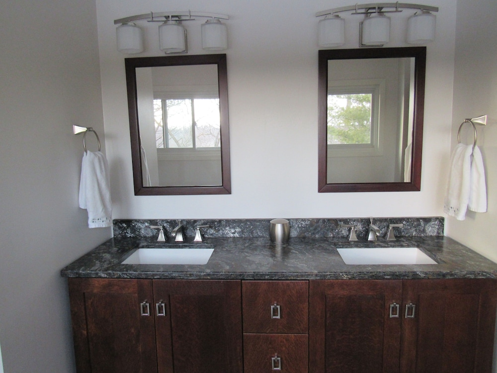 Bathroom, The Above Ryder Cup Retreat 4 Bedroom Home