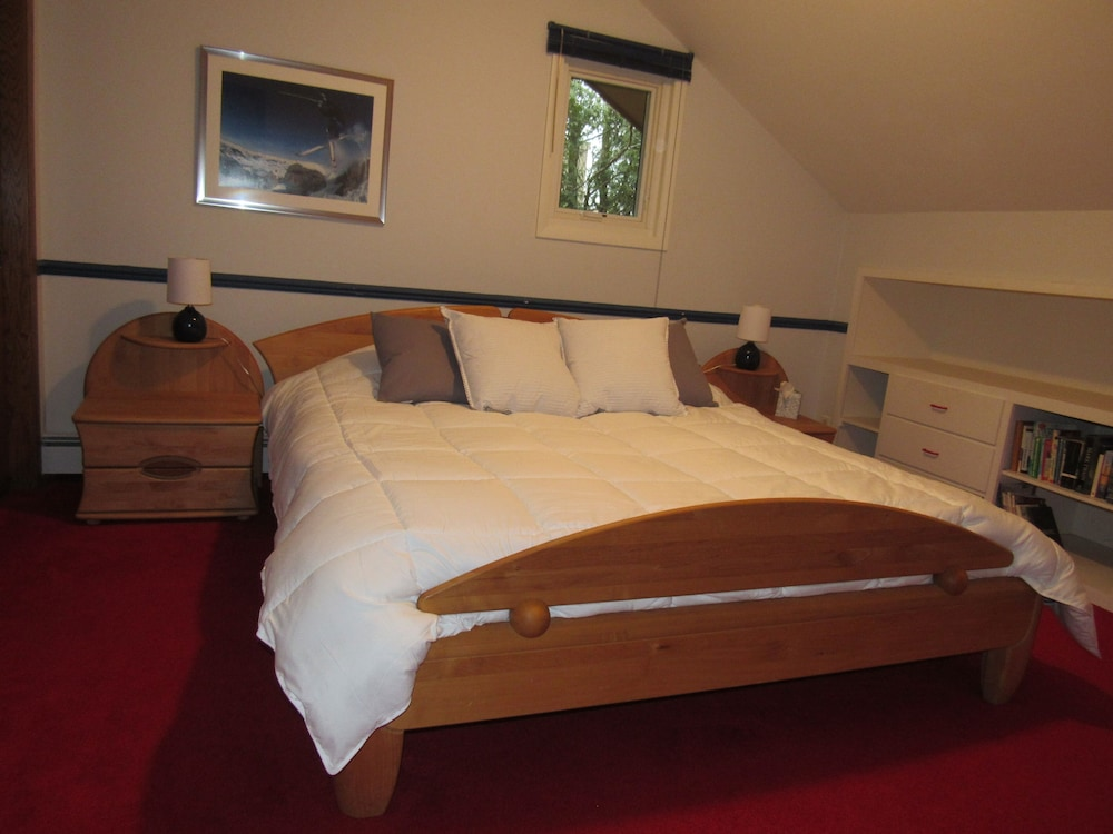 Room, The Above Ryder Cup Retreat 4 Bedroom Home