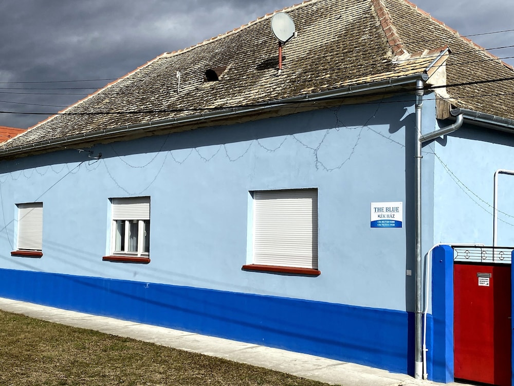 Exterior, THE Blue, Guest House in Southern Hungary