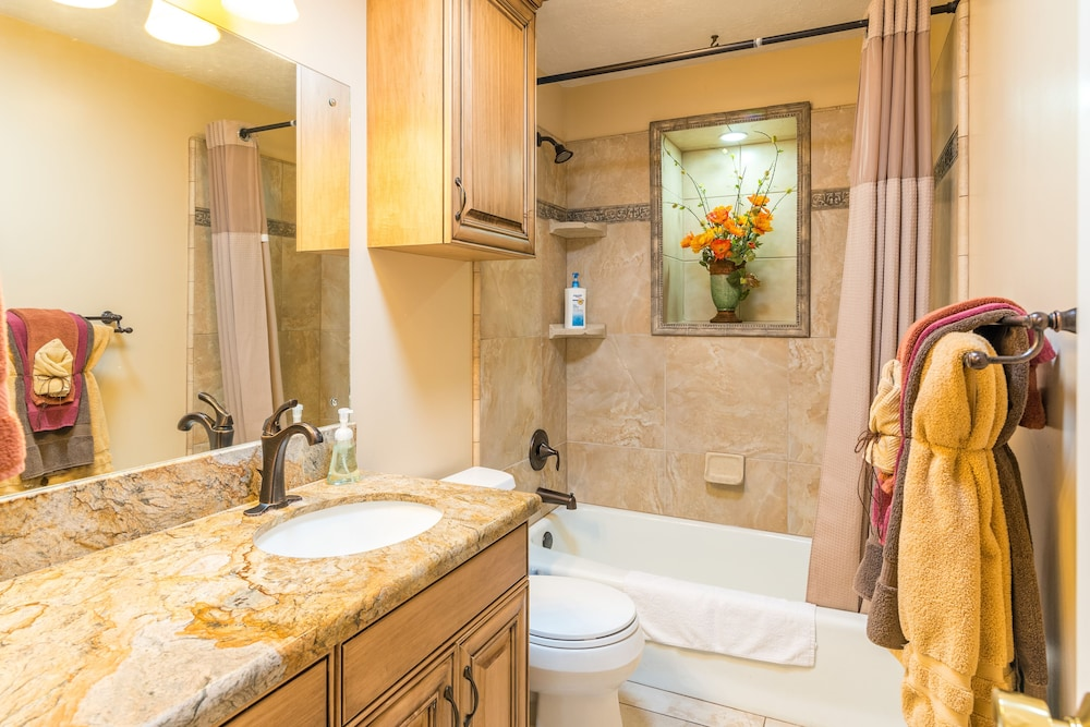 Bathroom, The Family Crash Pad: King Beds, Full Kitchen, Family Room