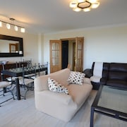 Apartment - 3 Bedrooms With Pool - 108273