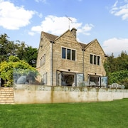 Romantic Retreat with Glorious Cotswold Views