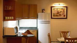 冰箱、微波炉