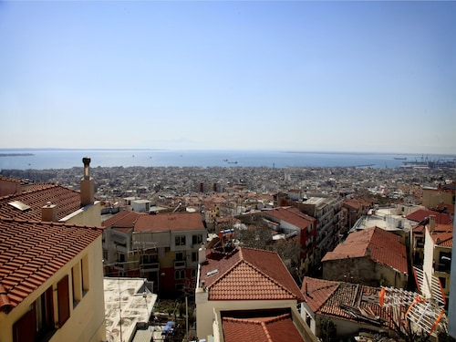 Best View In Thessaloniki Town!