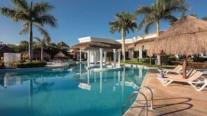 12 piscinas al aire libre, cabañas de piscina gratuitas, sombrillas