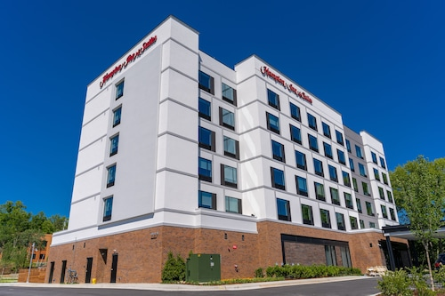 Hampton Inn & Suites Raleigh Midtown, NC