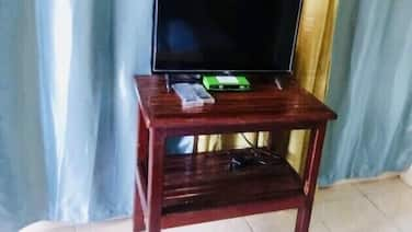 Modern Studio In Taytay  With Fast WiFi