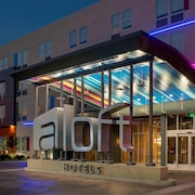 Aloft Atlanta at The Battery Atlanta