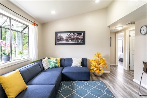 2 Bed, 1 Bath, Kitchen Private Space, Furnished Stanford, Palo Alto, Menlo Park