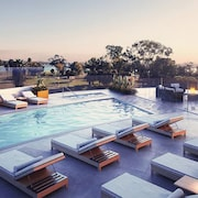 Pacific Beach Luxury Waterfront Condos by Barsala
