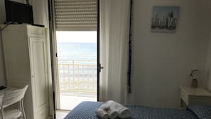Minibar, cribs/infant beds, free WiFi, bed sheets