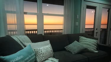 Summerland Beach House: Beachfront, Pet-Friendly Escape