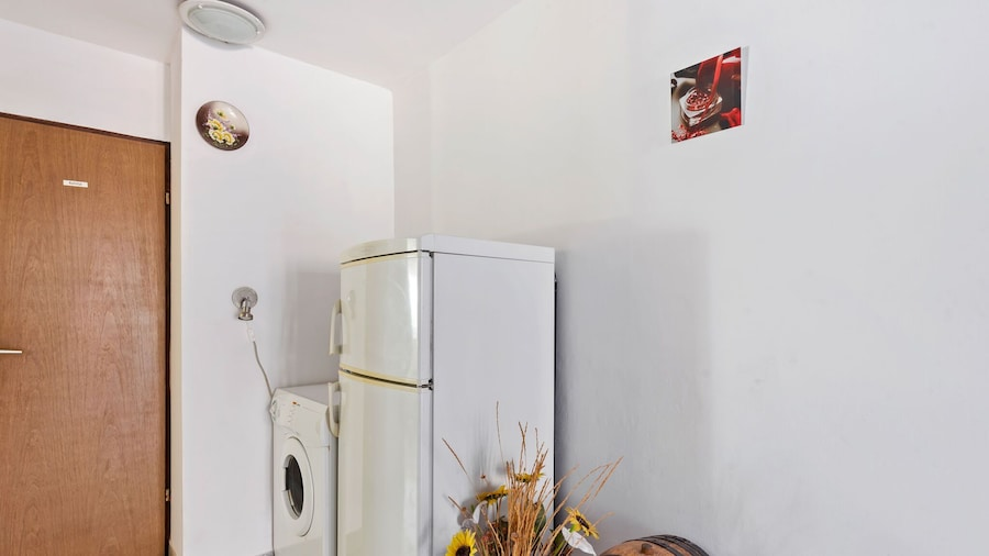 Traditional Apartment in Zadar With Garden