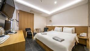 Individually furnished, laptop workspace, free WiFi