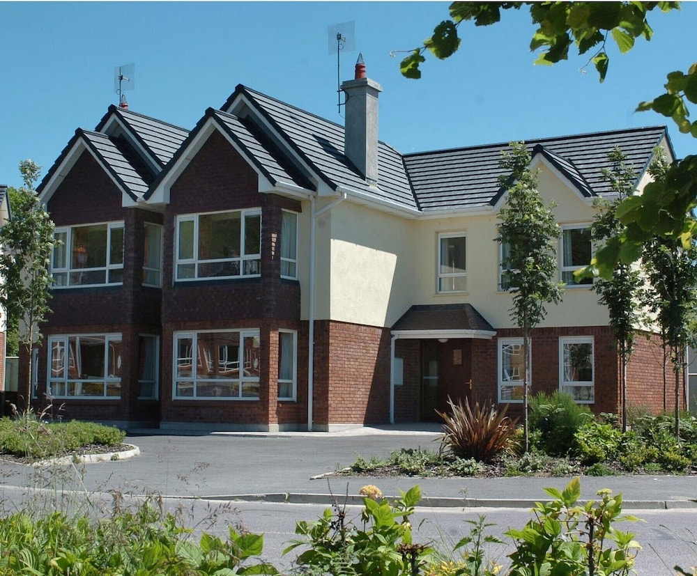 Featured Image, Innisfallen Holiday Village