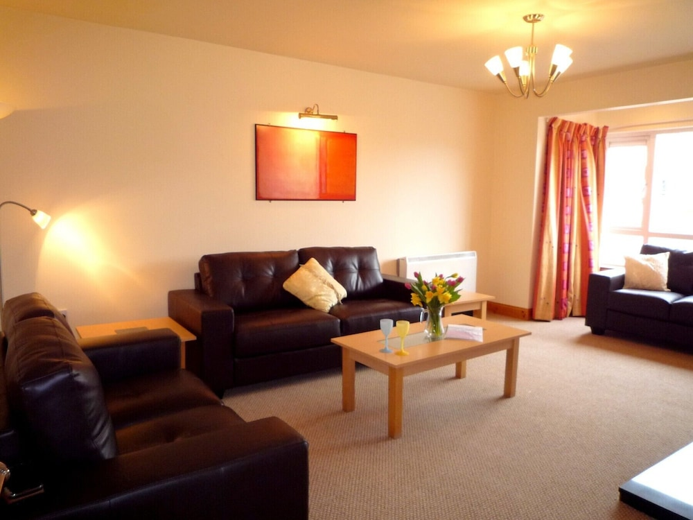 Living Room, Innisfallen Holiday Village