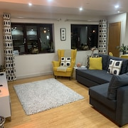 King Canute Apartment - Crown Lettings