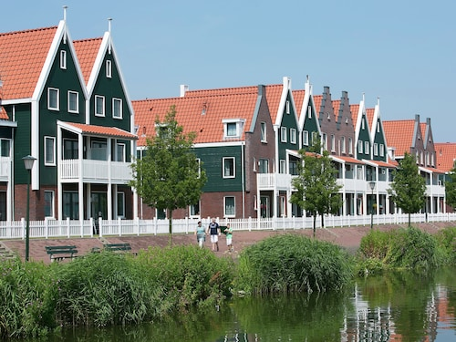 Restyled Apartment in Volendam Style on the Markermeer