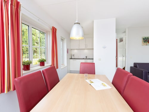 Holiday Home With a Dishwasher, 3 km. From Hellendoorn Park