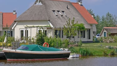 Country House With a Terrace Near the Langweerder Wielen