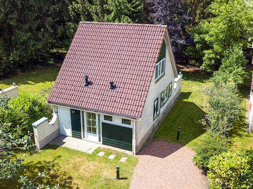 Nice Holiday Home With a Microwave 3 km. From Hellendoorn
