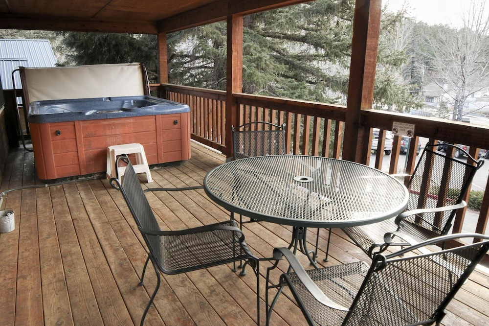 Balcony, Lawn Lane by Rocky Mountain Resorts- #3382 and #3383