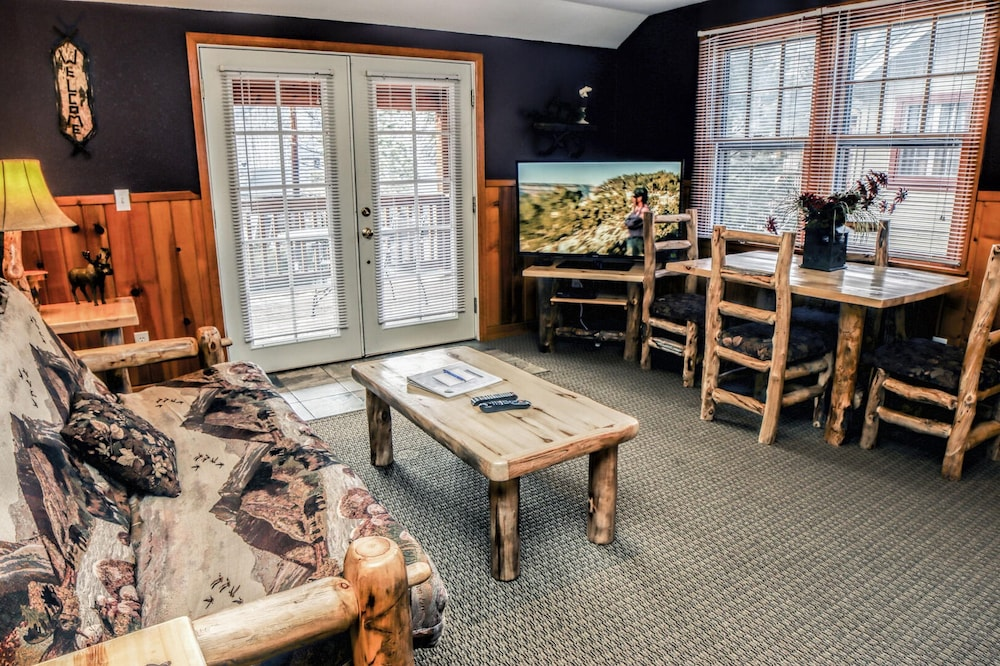 Interior, Lawn Lane by Rocky Mountain Resorts- #3382 and #3383