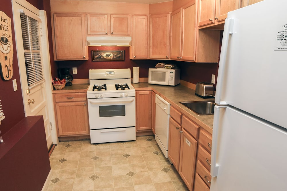 Private Kitchen, Lawn Lane by Rocky Mountain Resorts- #3382 and #3383