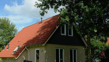 Spacious Holiday Home With Wifi, 20 km From Assen