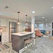 New! Upscale Apt in Capitol Hill w/ Walkability!