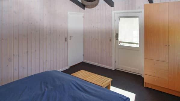 3 soveværelser, baby-/barnesenge