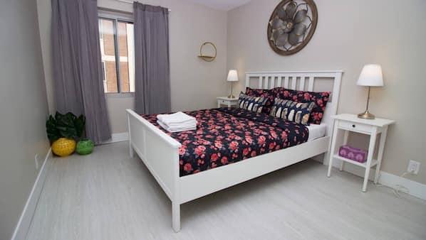 2 bedrooms, desk, iron/ironing board, travel crib
