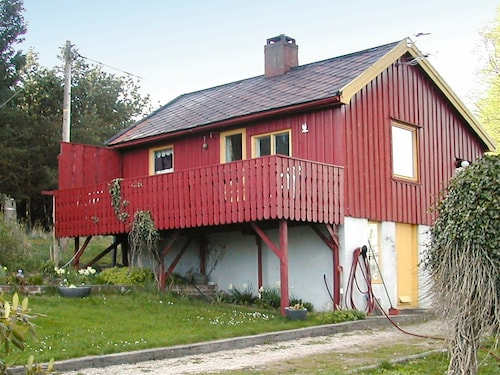 6 Person Holiday Home in Averøy