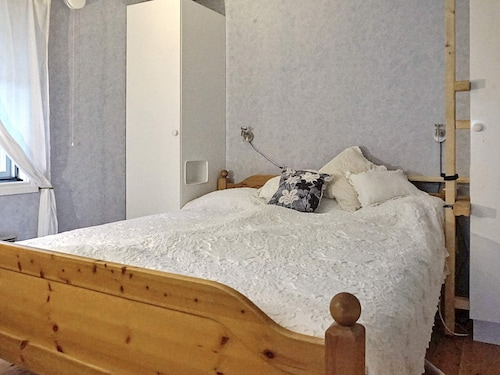 5 Person Holiday Home in Hallstavik