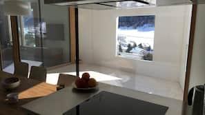 Kühlschrank, Ofen, Herdplatte, Geschirrspüler