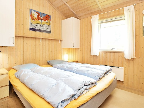Comfortable Holiday Home in Hornbaek Near Sea