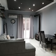 Bright and modernized apartment Psyri