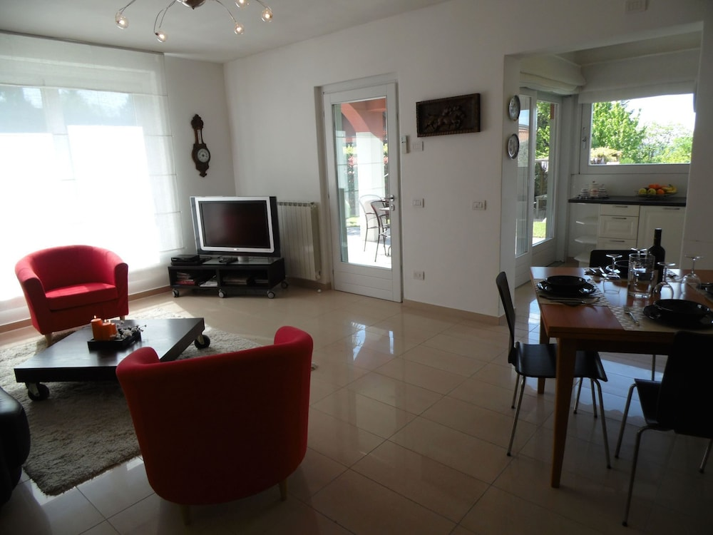 Living Room, Nice Apartment in a Villa With Three Apartments, With Private Porch and Garden